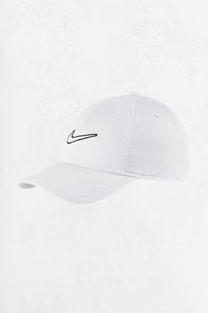 Nike Swoosh Washed Baseball Hat