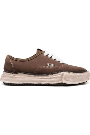Maison Mihara Yasuhiro Sneakers - Warped-sole low-top sneakers
