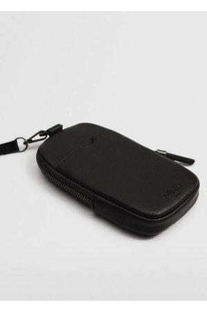 MANGO Pebbled phone case