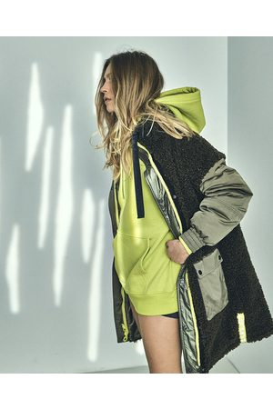 DUALIST Carrie Reversible Olive Coat
