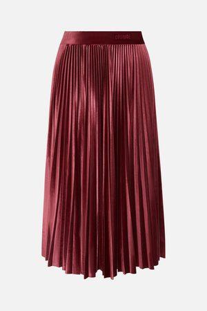Quantum Women Pleated Skirts - Quantum of Courage Velvet Pleated Skirt