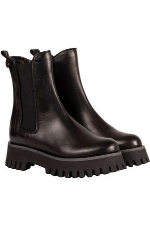 Belle Women Flat Shoes - Flat shoes