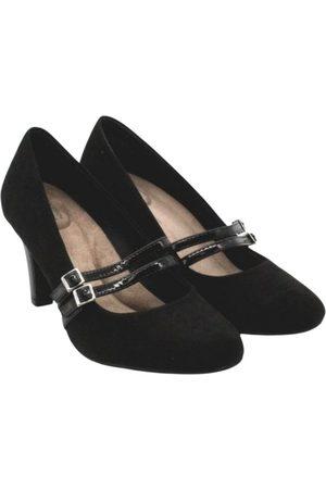 Giani Bernini Exotic leathers heels