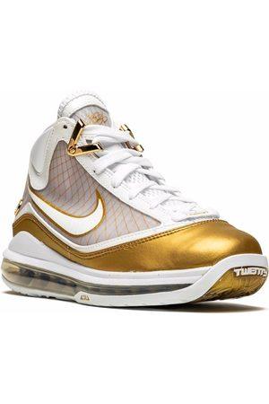 Nike LeBron VII sneakers