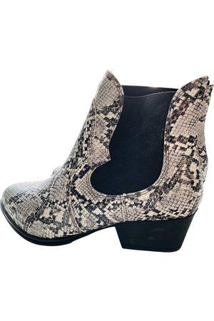 Tamaris Patent leather boots