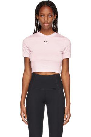 Nike Essential Slim Crop Top T-Shirt