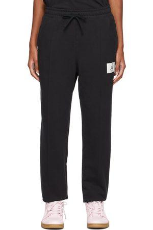 Nike Fleece Essentials Lounge Pants