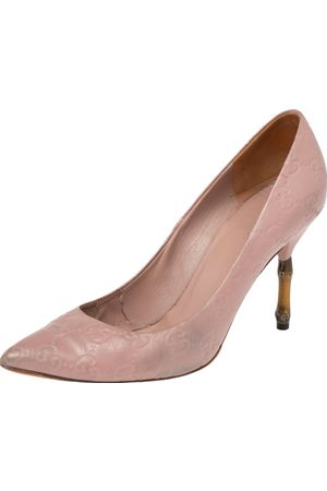 Gucci Pale ssima Leather Kristen Bamboo Heel Pumps Size 36
