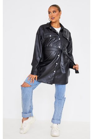PRETTYLITTLETHING Maternity Faux Leather Belted Shacket