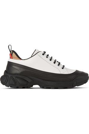 Burberry Kids Mini Arthur Sneakers
