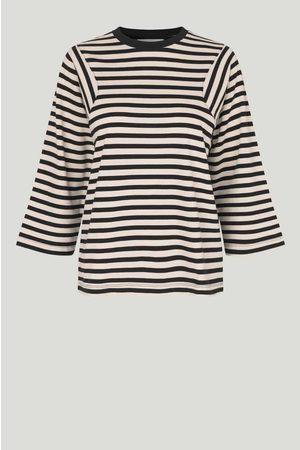 Just Female Women T-shirts - Never Tee Buttercream