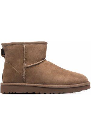 UGG Women Boots - Mini II shearling boots