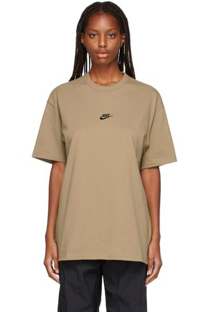 Nike Essential Premium T-Shirt