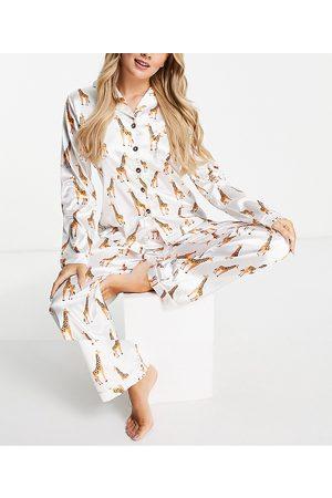NIGHT Women Pajamas - Satin giraffe print pajama set