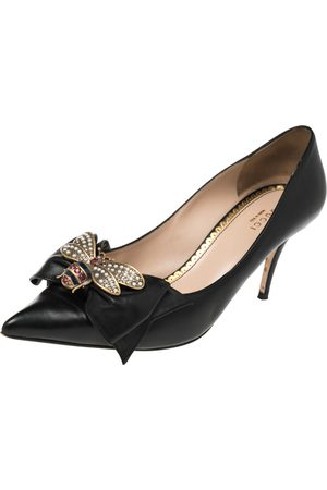 Gucci Leather Embellished Bow Queen Margaret Pointed Toe Pumps Size 40