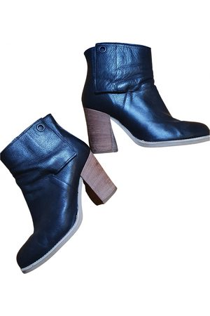 Sisley Leather ankle boots