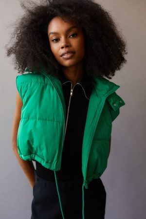 Urban Outfitters UO Cropped Puffer Vest
