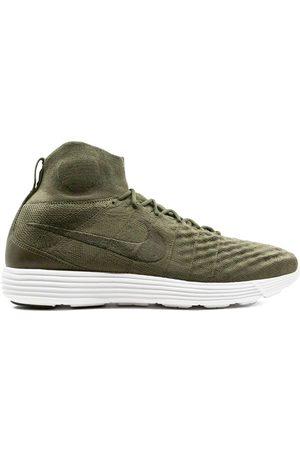 Nike Lunar Magista 2 Flyknit sneakers