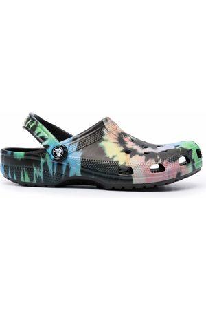 Crocs Men Clogs - Tie dye-patterned clogs