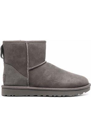 UGG Classic Mini II shearling ankle boots - Grey