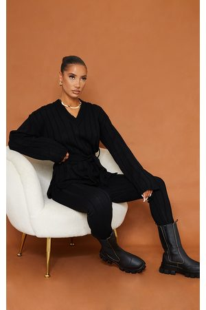 PRETTYLITTLETHING Belted Longline Sweater And Legging Lounge Set