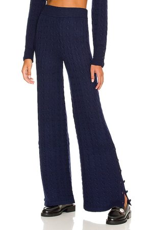JoosTricot Pants in Navy.