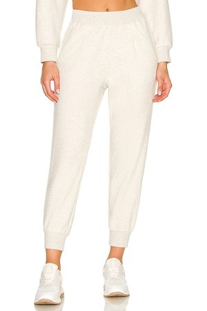 Varley Chaucer Jogger in Ivory.