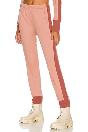 MONROW Thermal Jogger in Blush.