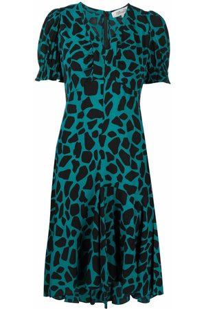 Diane von Furstenberg Women Printed Dresses - Alexis giraffe-print crepe dress