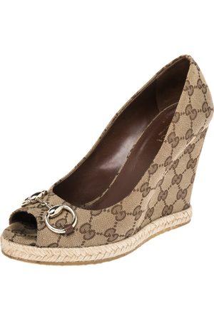 Gucci GG Canvas Charlotte Horsebit Wedge Pumps Size 38.5