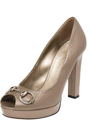 Gucci Leather Horsebit Peep Toe Pumps Size 38