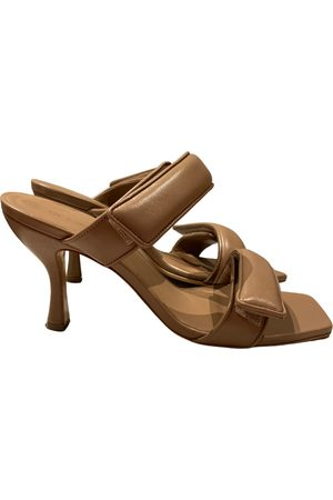 GIA Leather sandals