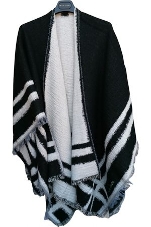 KRIZIA Wool cape