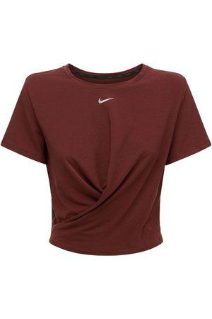 Nike Twist Standard Fit Top