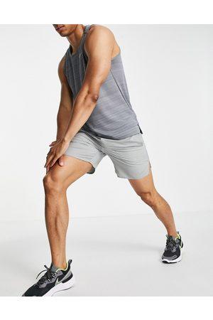 Nike Dri-FIT Flex Stride 7 inch shorts in -Grey