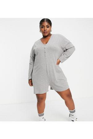 Noisy May Women T-shirts - Exclusive oversized romper in -Grey