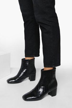 Boohoo Womens Wide Fit Low Block Heel Shoe Boot - - 5
