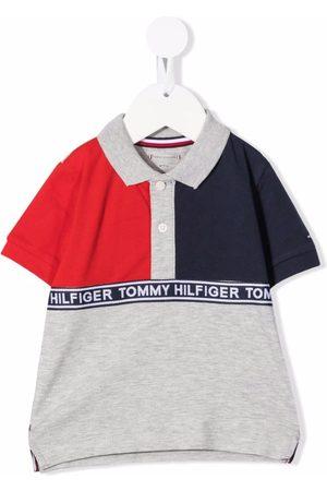 Tommy Hilfiger T-shirts - Color-block logo-tape T-shirt - Grey