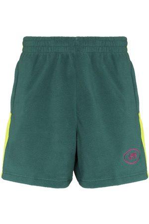 7 DAYS ACTIVE Men Sports Shorts - Fleece side stripe track shorts