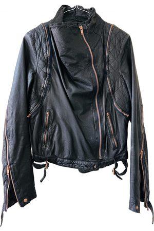 AVELON Leather short vest