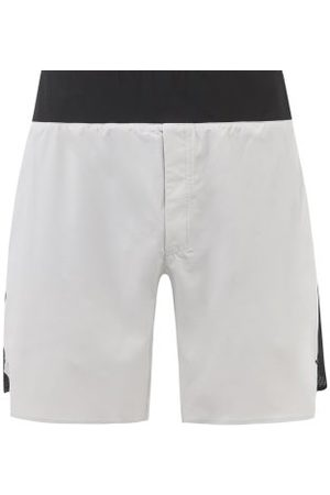 ON Lightweight Technical-shell And Mesh Shorts - Mens - Grey