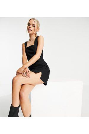 ASOS ASOS DESIGN Petite denim seamed fitted pinny dress in