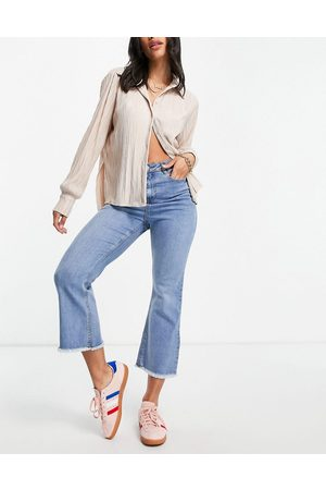 Urban Bliss Women High Waisted - High rise cropped flared jeans in bleach wash-Blues