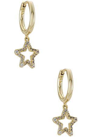 Kendra Scott Jae Star Crystal Huggie Earrings in Metallic .