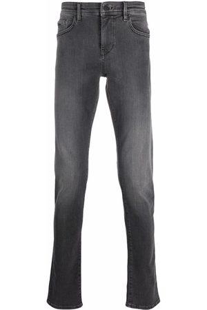 HUGO BOSS Men Straight - Low-rise straight-leg jeans - Grey