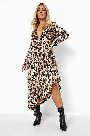 Boohoo Women Asymmetrical Dresses - Womens Plus Leopard Satin Asymmetric Wrap Dress - - 24